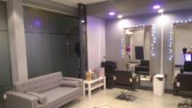Glossy box salon